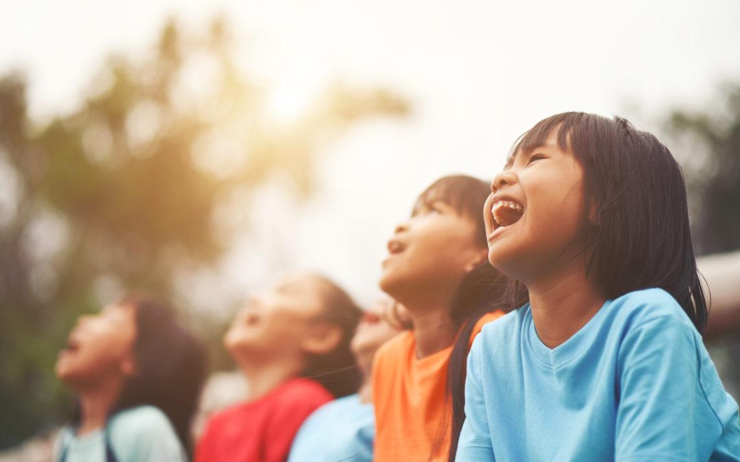Gli effetti della discriminazione razziale su bambini e adolescenti